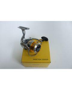 Daiwa Procyon 2500SH Spinning Reel | PCY2500SH | Used - Good Condition